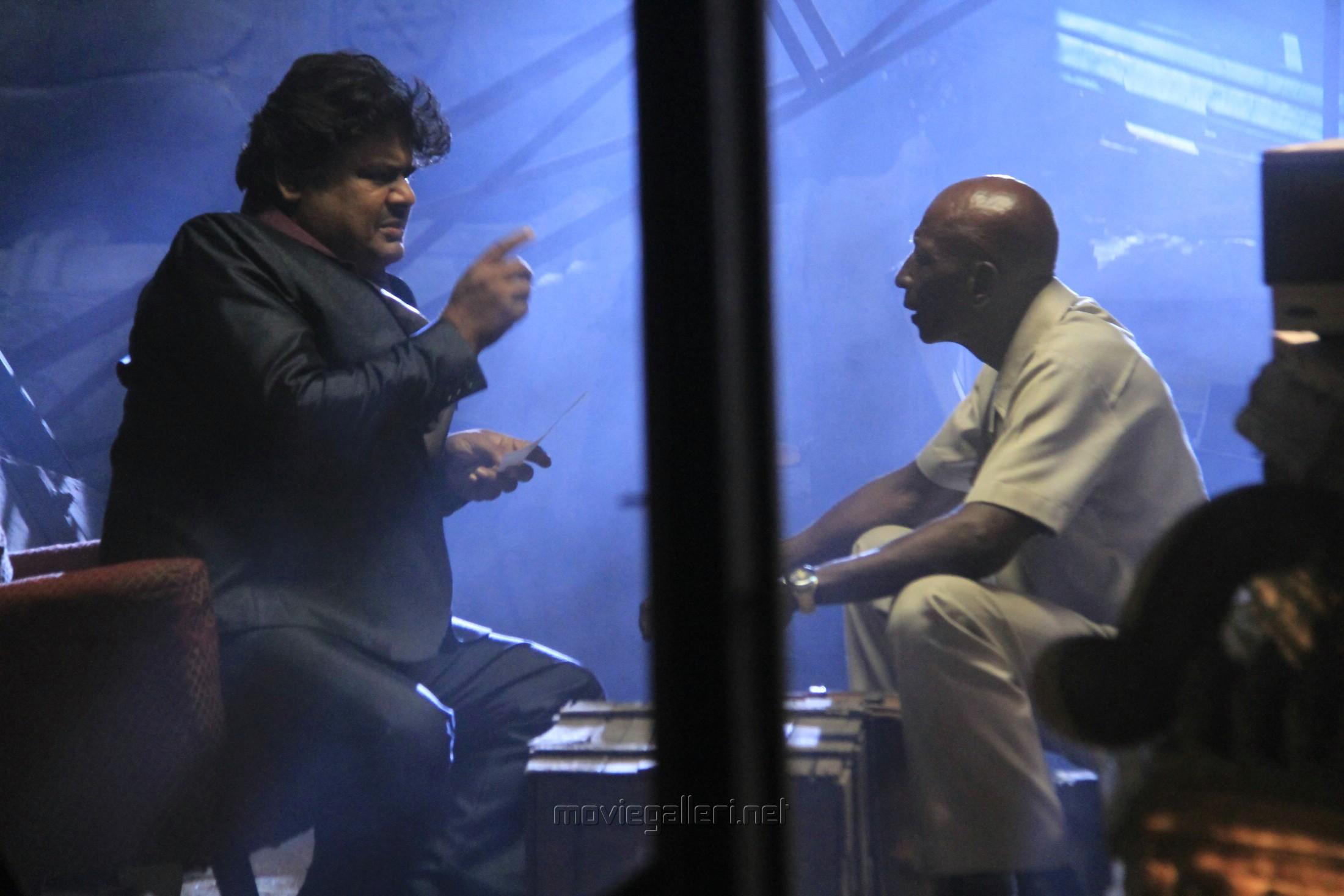 Mansoor Ali Khan,. Rajendran in Natpuna Ennanu Theriyuma Movie Stills HD