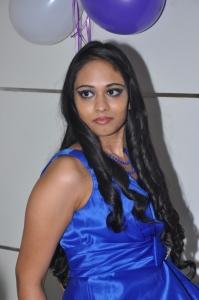 Hyderabad Model Soundarya @ Naturals Family Salon Launch