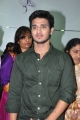 Nikhil Siddharth launches Naturals Family Salon Spa @ Secunderabad