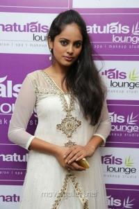 Actress Nandita at Naturals Lounge 250th Salon Launch Stills