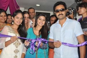Nandita, Sneha, Prasanna at Naturals Lounge 250th Salon Launch Stills