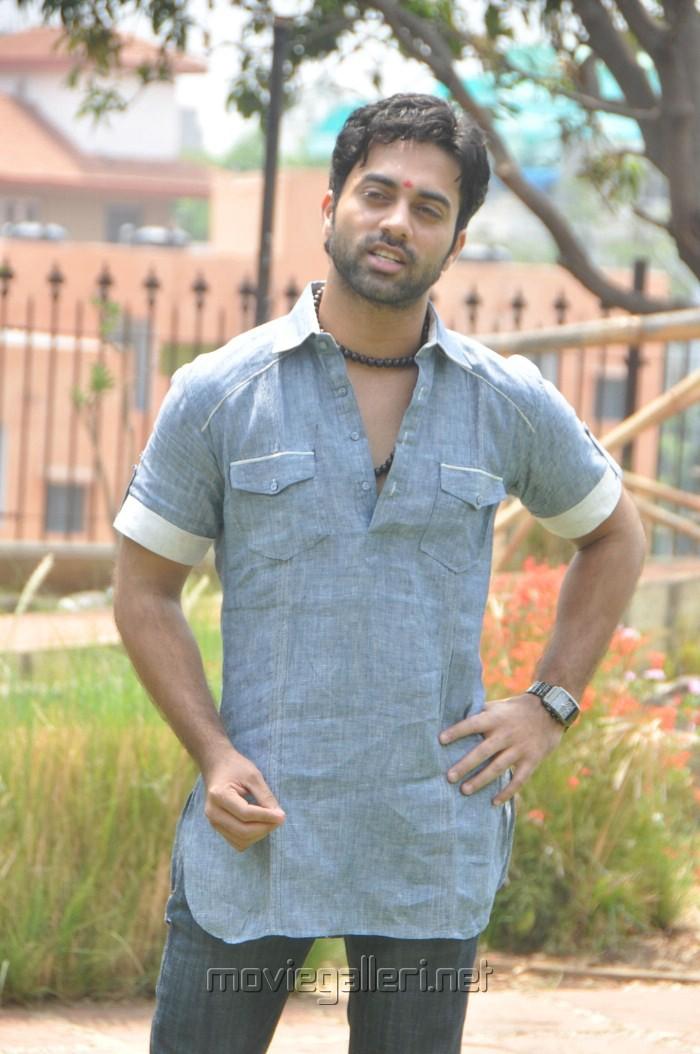 Navdeep Wiki Actor Telugu Telugu Actor Navdeep New Stills Gallery View