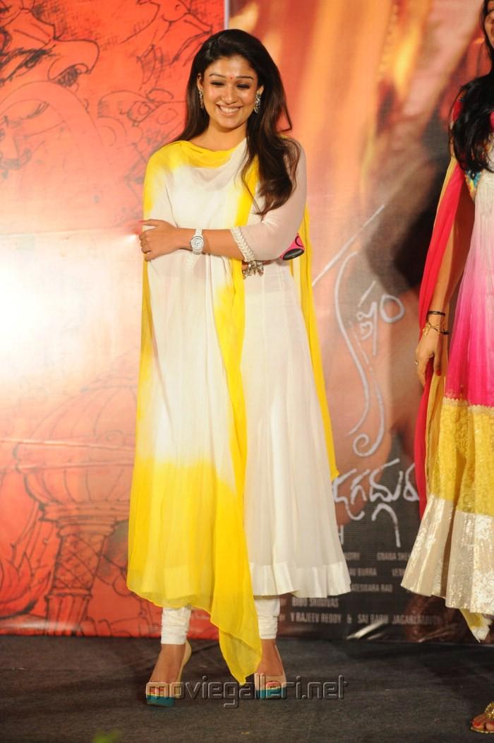 Picture 320033 | Nayanthara in Churidar Photos at Krishnam ...