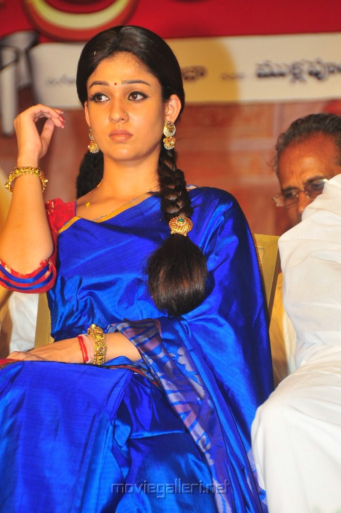 Nayantara In Blue Saree Images & Pictures - Becuo