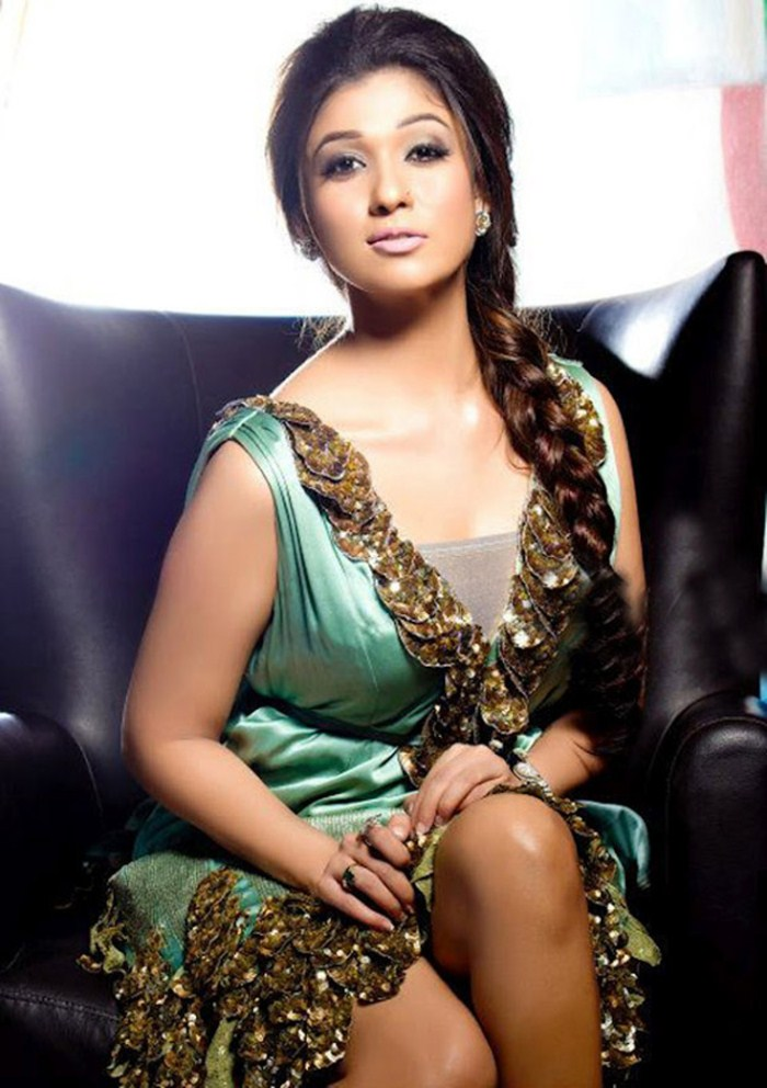 Picture 307890 actress nayanthara new hot photo shoot for Latest hottest pics