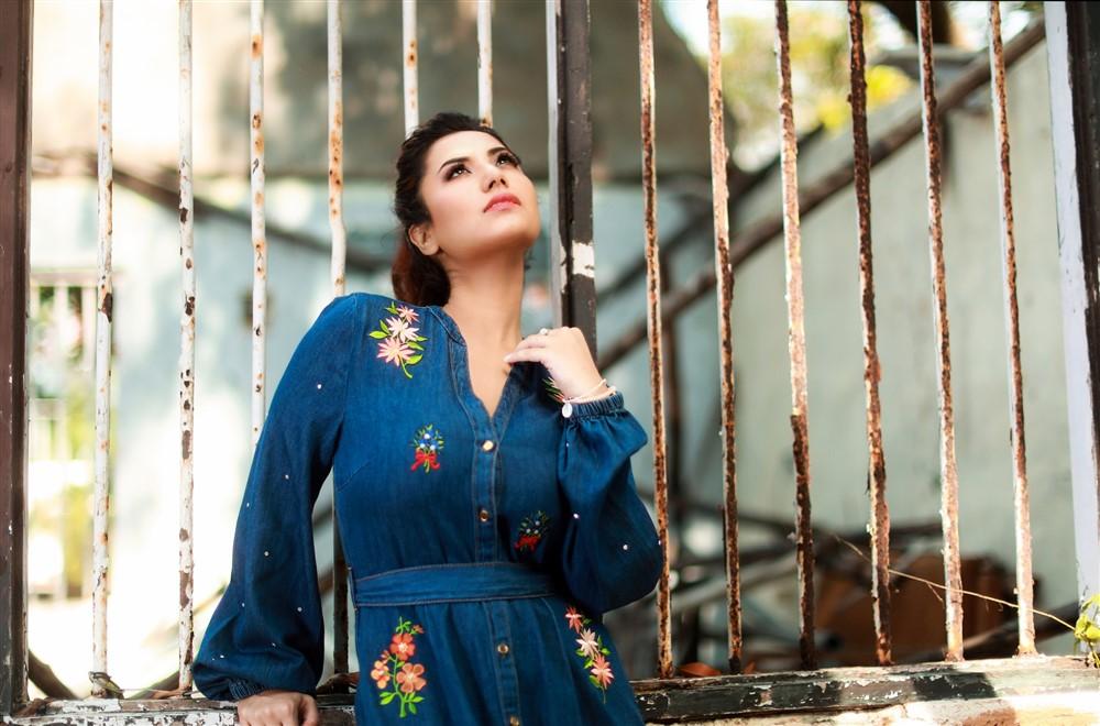 Actress Nazmaa Sultana New Photos