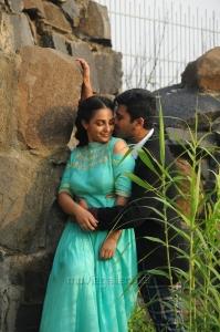 Nithya Menon, Sharwanand in Nee Naan Naam Movie Stills