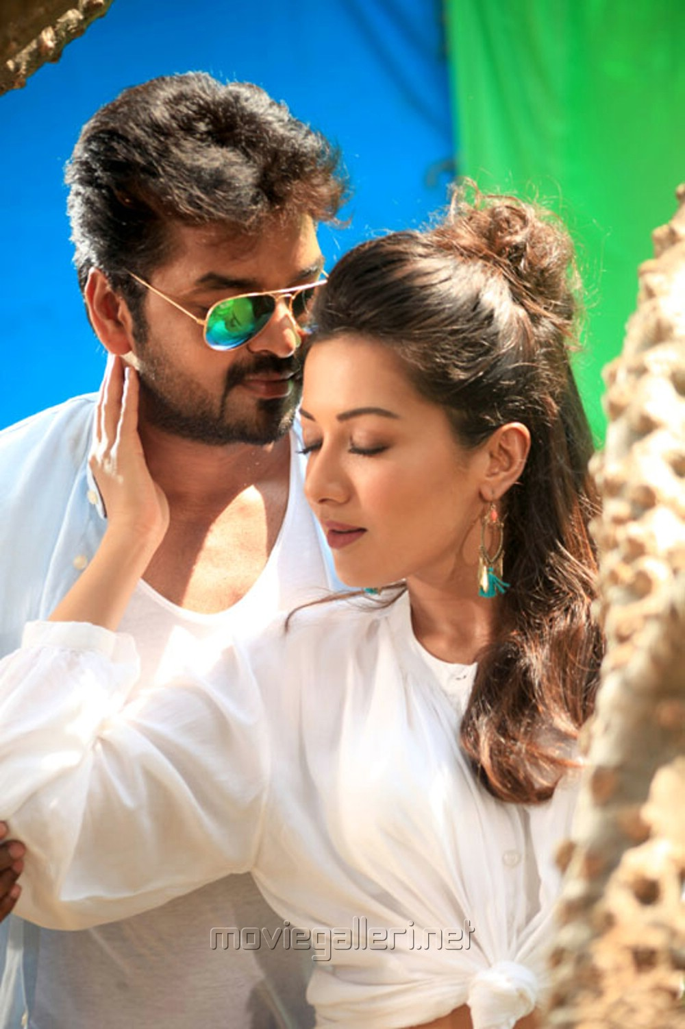 Jai, Catherine Tresa in Neeya 2 Movie Photos