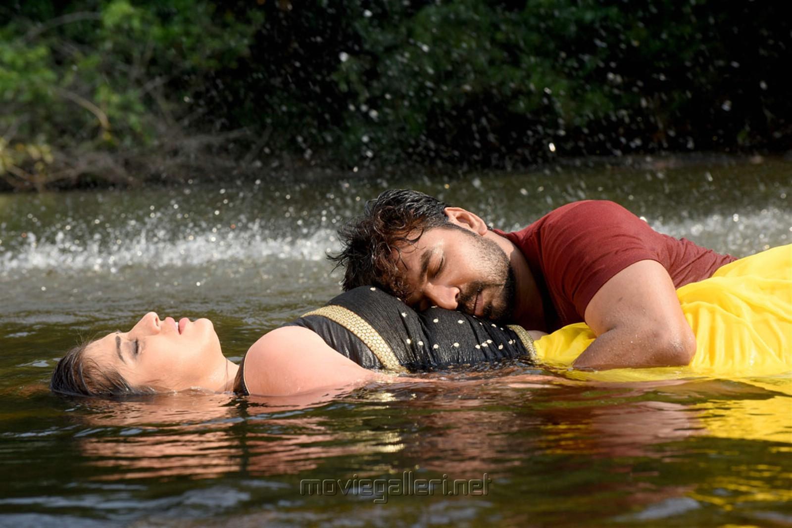 Raai Laxmi, Jai in Neeya 2 Movie Photos