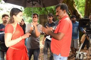 Catherine Tresa, L Suresh in Neeya 2 Movie Stills HD