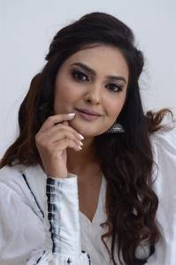 Peep Show Movie Actress Neha Deshpande Photos