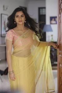 Actress Neha Krishna Vallidhari Madhya Movie Stills