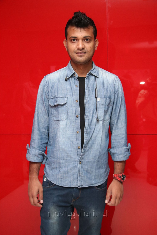 Laxman Kumar @ Nenjil Thunivirunthal Audio Launch Stills