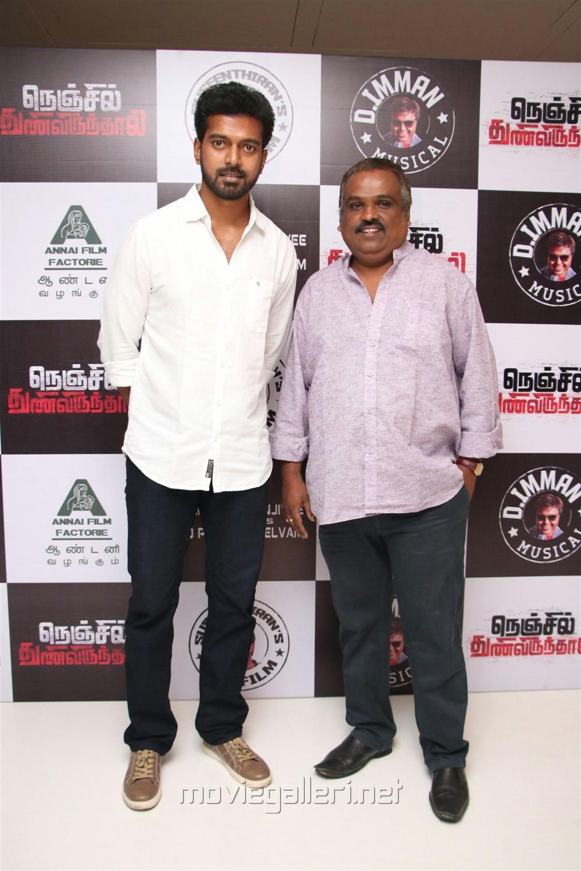 Vikranth @ Nenjil Thunivirunthal Audio Launch Stills