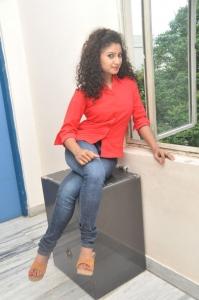 Vishnupriya @ Nenu Naa Friends Movie Team @ Prasad Labs Stills