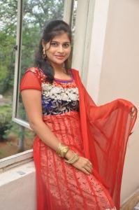 Sangeetha Reddy @ Nenu Naa Friends Movie Team @ Prasad Labs Stills