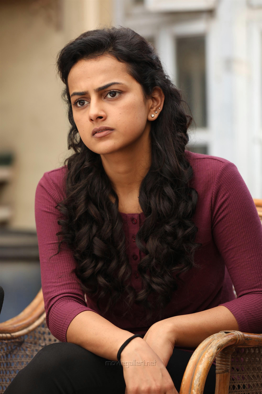 Actress Shraddha Srinath in Nerkonda Paarvai Movie HD Images
