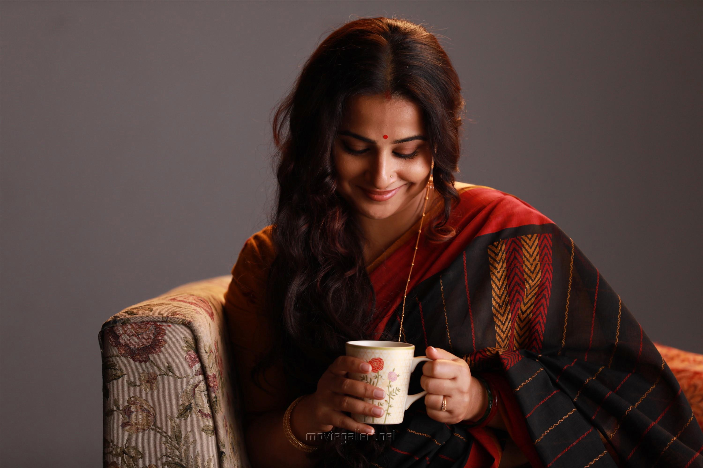 Actress Vidya Balan in Nerkonda Paarvai Movie HD Images