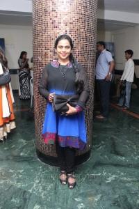 Viji Chandrasekhar @ Nerungi Vaa Muthamidathe Movie Premiere Show Stills