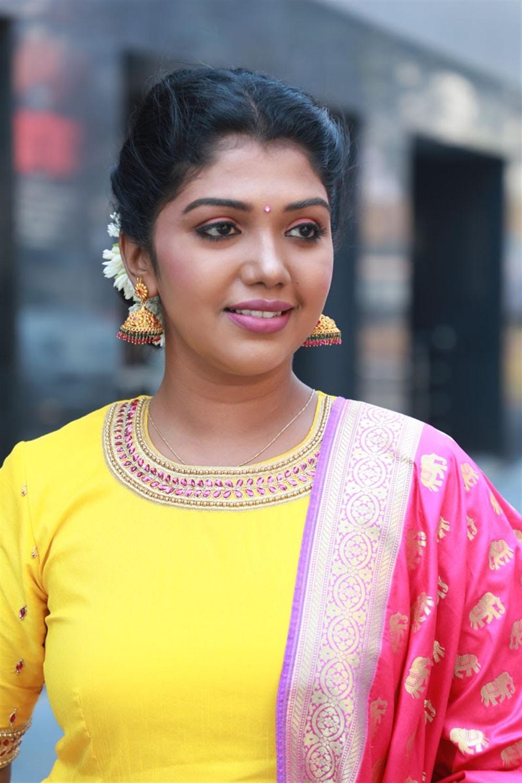 Actress Riythvika @ Nethra Movie Audio Launch Photos