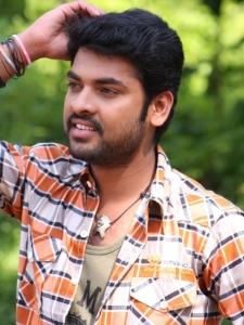 Actor Vimal in Netru Indru Hot Pics