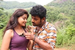 Nandagi, Vimal in Netru Indru Movie Stills