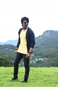 Actor Aadi in Next Nuvve Movie Stills HD