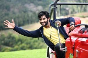 Hero Aadi in Next Nuvve Movie Stills HD