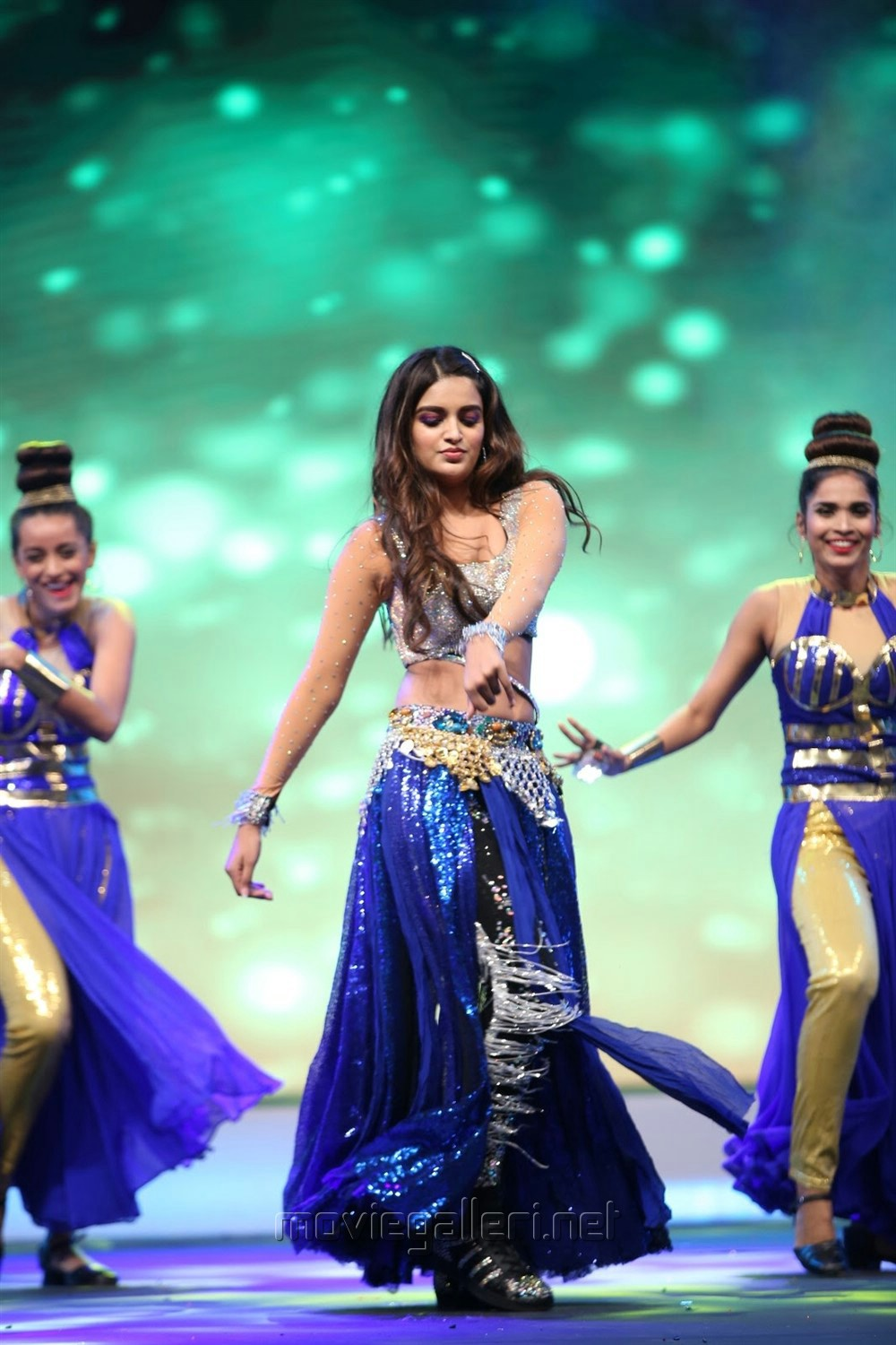 Actress Niddhi Agerwal Dance Performance @ SIIMA Awards 2019 Day 1