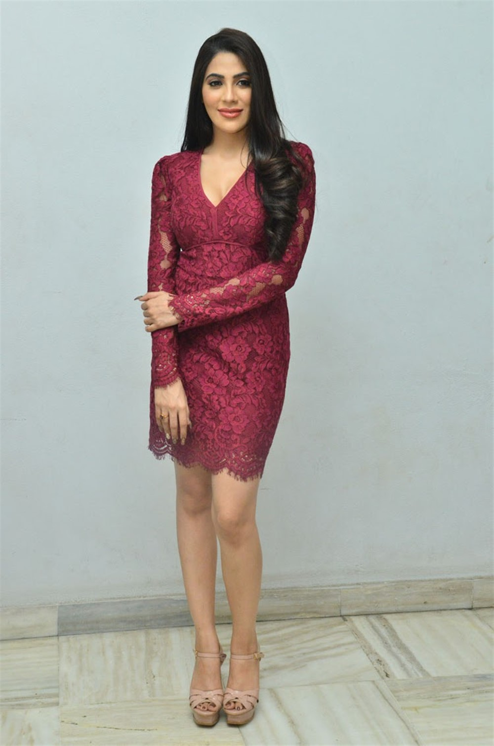 Actress Nikki Tamboli Hot Stills @ Chikati Gadilo Chitha Kotudu Thanks Meet