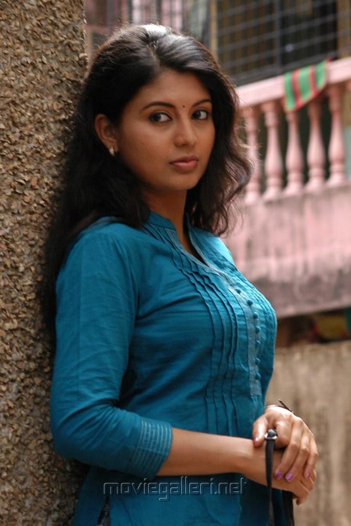Nimisha Suresh nimisha suresh - alchetron, the free social ...