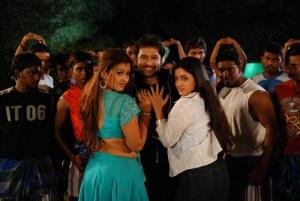 Ninaivil Nindraval Tamil Movie Stills