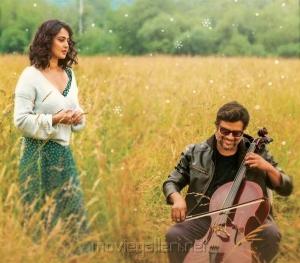 Anushka, Madhavan in Nisaptham Movie Stills HD