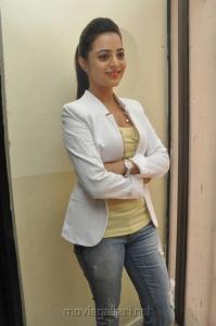 Actress Nisha Agarwal New Hot Photoshoot Stills