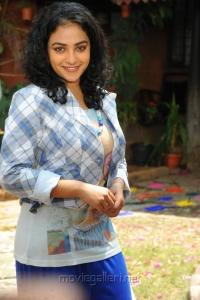 Nithya Menon Latest Photo Shoot Pics