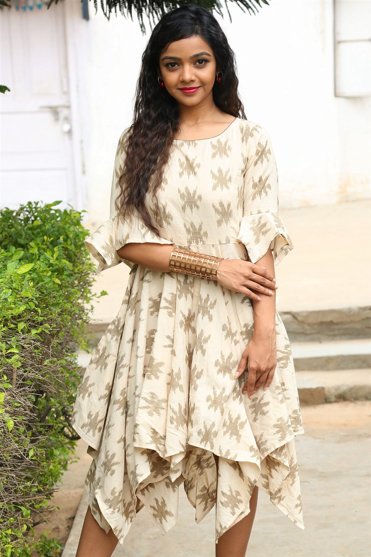 Telugu Actress Nithya Shetty Pics @ IKAT Art Mela Launch