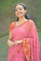 Okkadine Heroine Nithya Menon Saree Pics