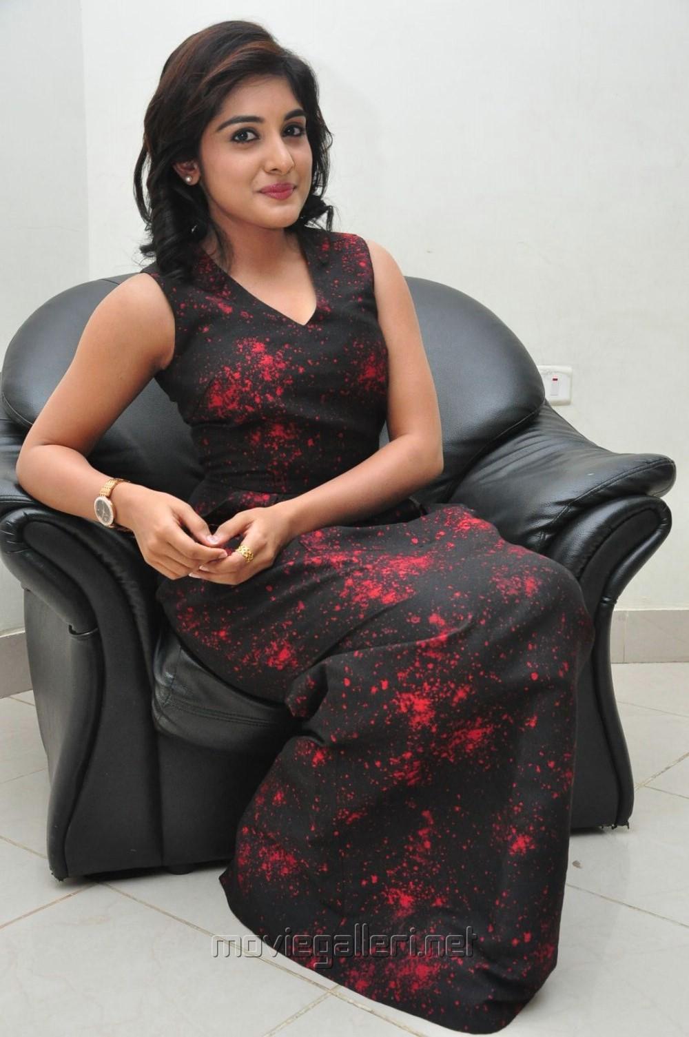 Actress Niveda Thomas Stills @ Gentleman Audio Release
