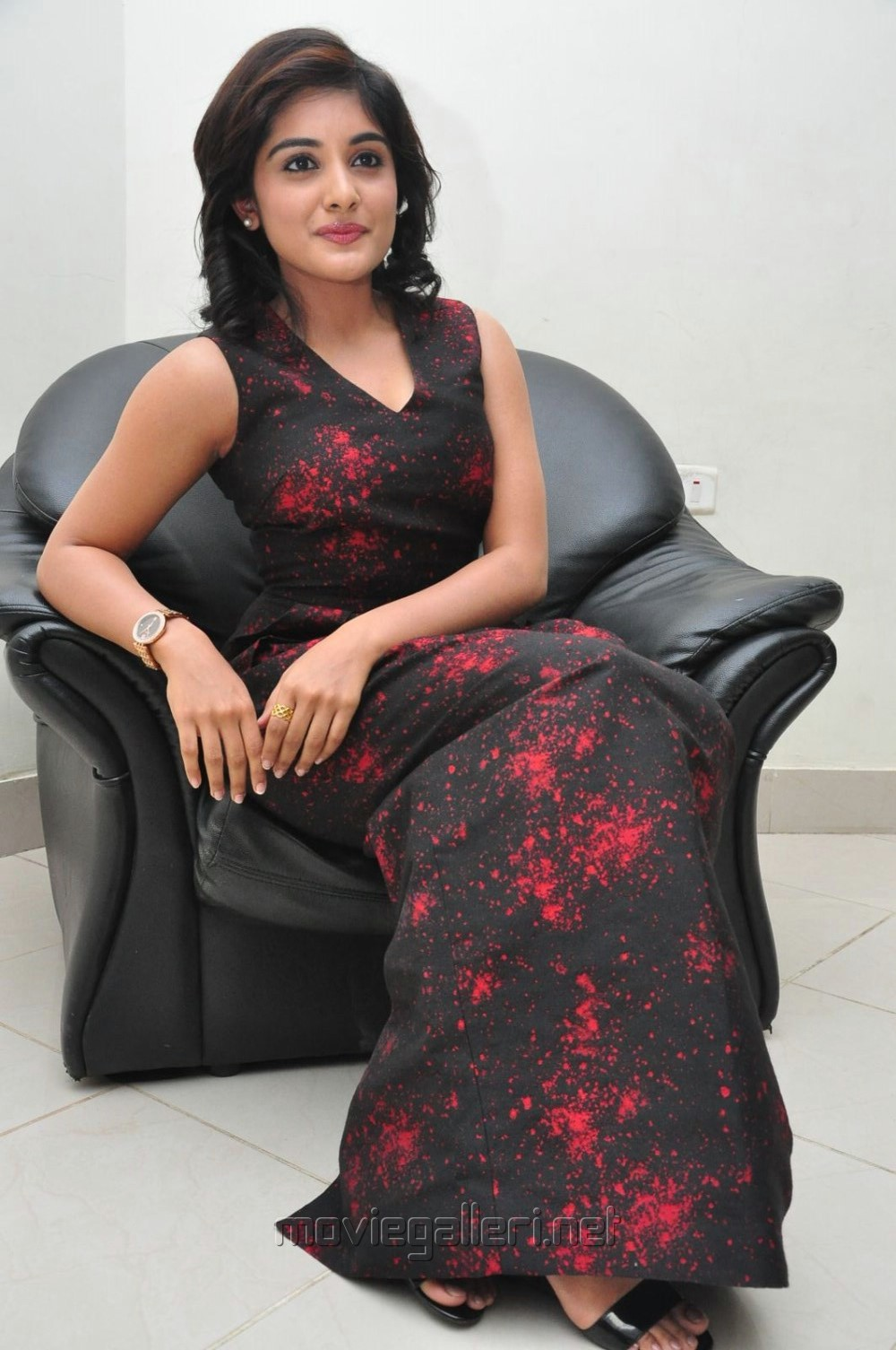 Actress Niveda Thomas Stills @ Gentleman Audio Launch