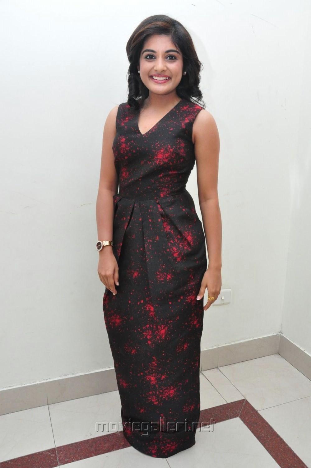 Gentleman Actress Niveda Thomas Stills