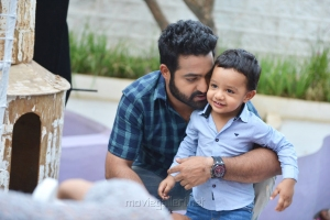 NTR with his son Abhay Ram on Janatha Garage Sets