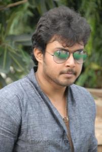 Telugu Actor Tanish at Nuvvu Sarigama Nenu Padanisa Movie Opening Stills