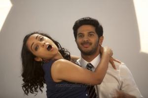 Nithya Menon, Dulquer Salmaan in O Kadhal Kanmani Movie Stills