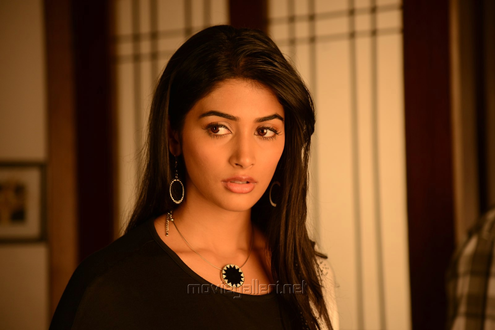 Picture 766621 | Actress Pooja Hegde in Oka Laila Kosam