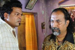 Oka Rathrilo Iddaru Ammayilu Movie Stills