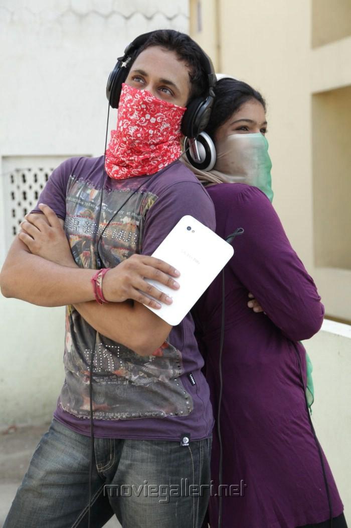 Manoj Nandam, Gayathri in Oka Ronatic Crime Katha Movie Hot Stills