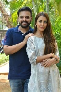 Naveen Vijay Krishna, Sophiya Singh @ Oorantha Anukuntunnaru Movie Teaser Launch Stills