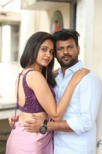 Dipali Sharma, Naren Vanaparthi @ Ooriki Uttarana Movie Teaser Launch Stills