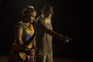 Swathi Shanmugam, Velu Prabakaran in Oru Iyakkunarin Kadhal Diary Movie Photos