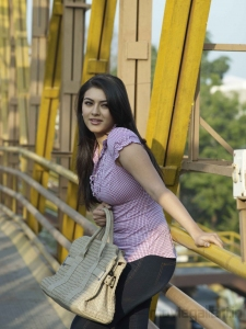Oru Kal Oru Kannadi Movie Stills, Hansika Motwani